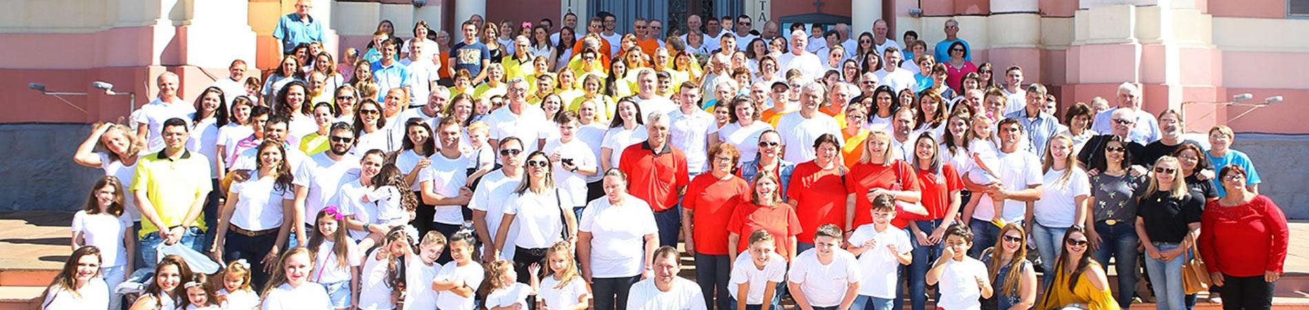 Cerca de 250 pessoas participaram do 2º Encontro da Família Stona